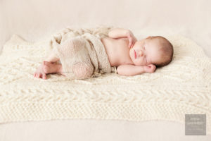 Valokuva-nukkuvasta-vauvasta