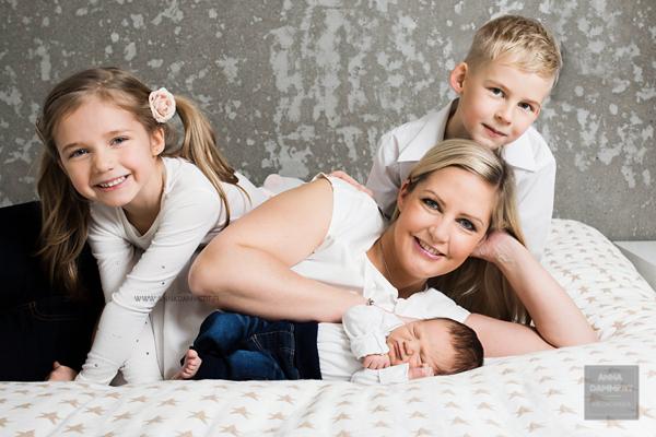 vastasyntyneen-kuvaus-espoo-vauvakuvaaja-anna-dammert